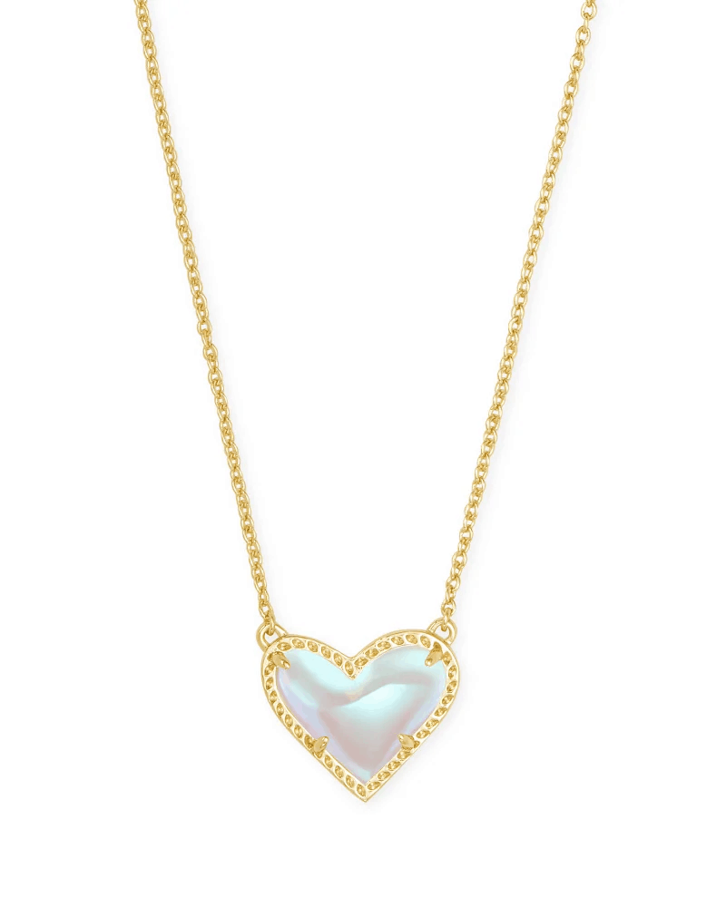 Ari-Heart-Pendant-Necklace